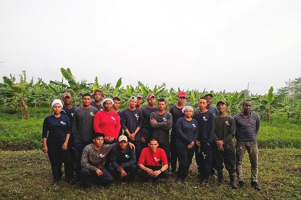 Fotos trabajadores finca Gaira