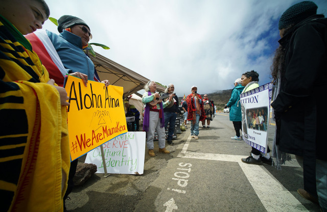 Mauna-Kea-Demonstrators1-640x415.jpg
