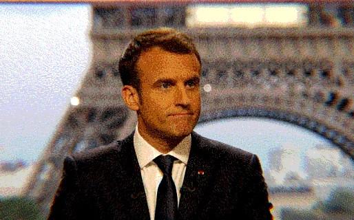 ماكرون وتحدي علمنة الإسلام في فرنسا: رب ضارة نافعة