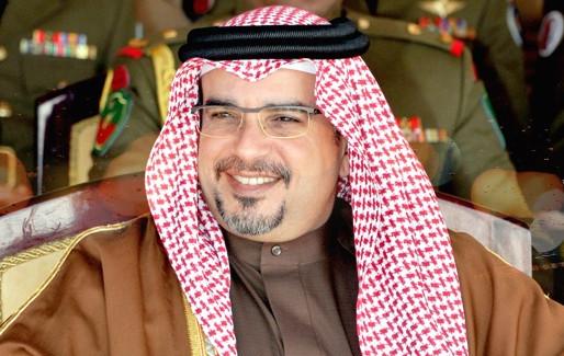 الأمير سلمان، رئيس الوزراء البحريني، يقود في مرحلة شديدة التعقيد.