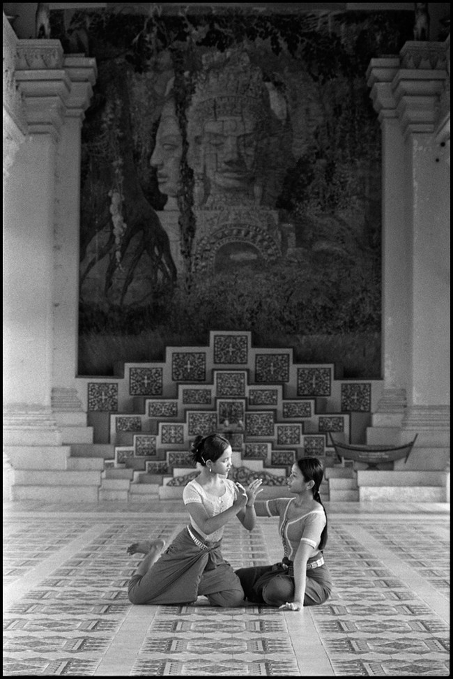 Students of the fine arts school practise dance at the Royal Palace in Phnom Penh.