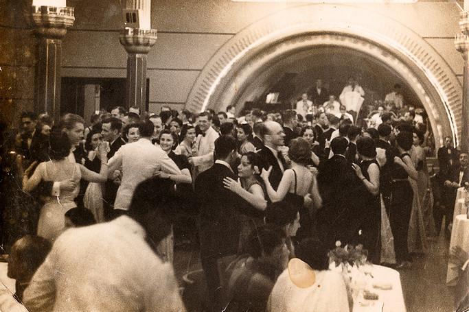 Dancers in the ballroom at the Taj Mahal Hotel. Bombay, early 1940s.