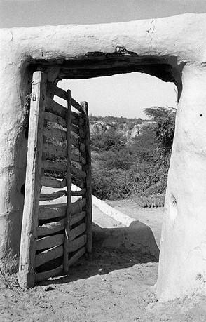 A doorway in Malkhan Singh's village, Bilao, 1983.