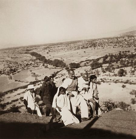 North West Frontier Provinces, 1938: Dr. Sushila Nayar, Mahatma Gandhi, Khan Abdul Gaffar Khan, Amtus Salam and others.