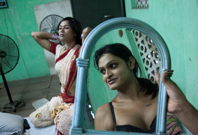 Members of the Transgender MSM communities at a DIC cum shelter home run by Pratham Plus, a CBO linked with Family Planning Association of India (FPAI), in the Kadapara locality of Kolkata, West Bengal, India, 2012.
