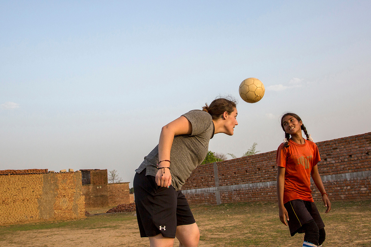 AIF Fellow, Kaylayn Kibbe, at the YUVA football practise in Ranchi, Jharkand, India, 2015.