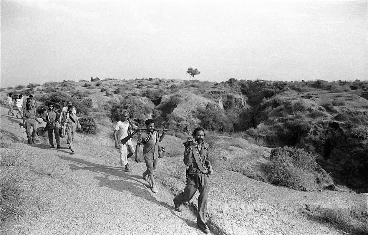 Malkhan Singh leads his gang in the ravines, 1982.