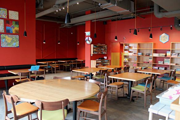 Dining Room- Wide - 1.jpg