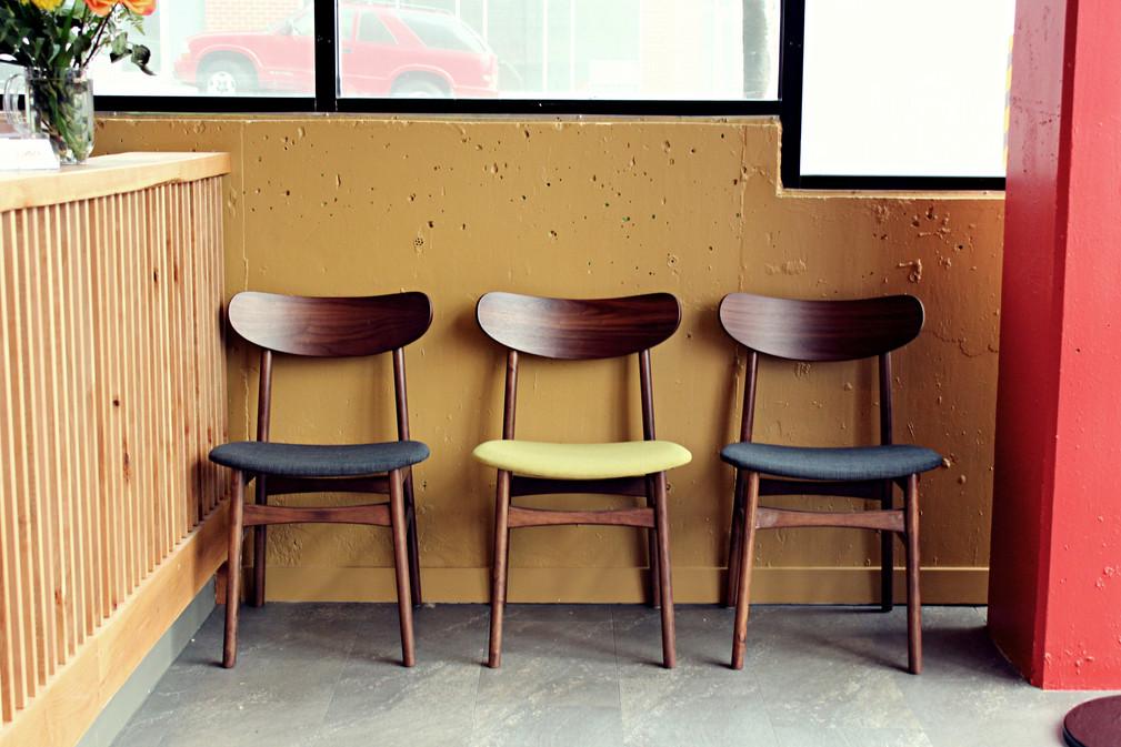 Entrance - Chairs - 4.jpg