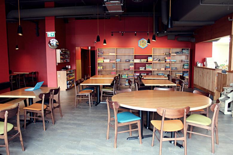 Dining Room -Wide - 2.jpg