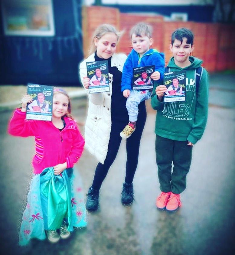kids magician.jpg