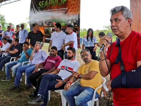 Prefeito celebra investimento de mais de 2,6 milhões às famílias da Reserva Chico Mendes