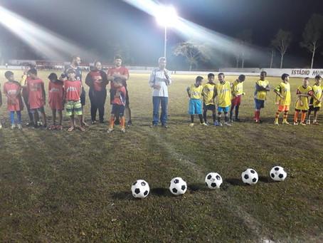"""Prefeitura inicia projeto """"Meninos da Princesinha"""" e promete revolucionar esporte infantil"""