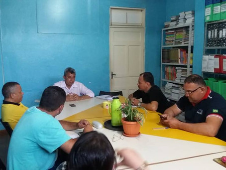 Prefeitura reúne diretoria do SINTEAC de Xapuri