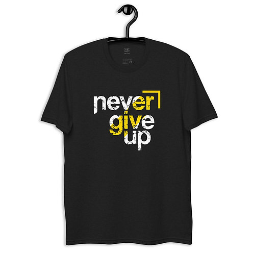 Unisex recycled t-shirt Never Give Up