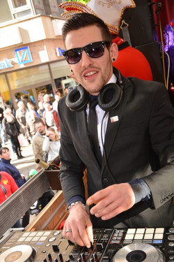 DJ Feenix (Umzüge)