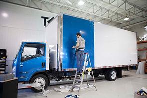 Wrapping de camion, changement de couleur de peinture, commercial, lettrage d'auto et camions à Québec