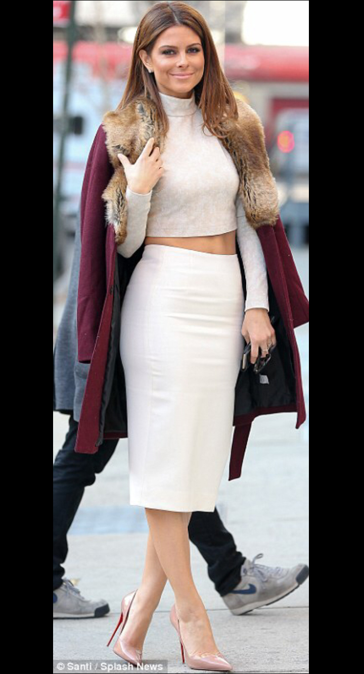 Maria Menounos in Spring 15 Crop Top