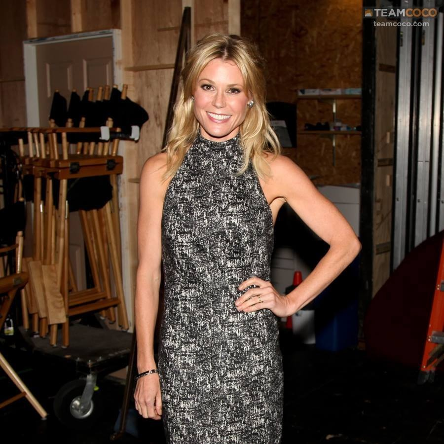 Julie Bowen in Fall 14 Dress