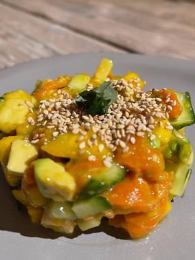 Tatar aus Avocado/Mango/Cashew ...              mehr Geschmack geht nicht!