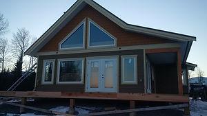 Cariboo cabin front.jpg