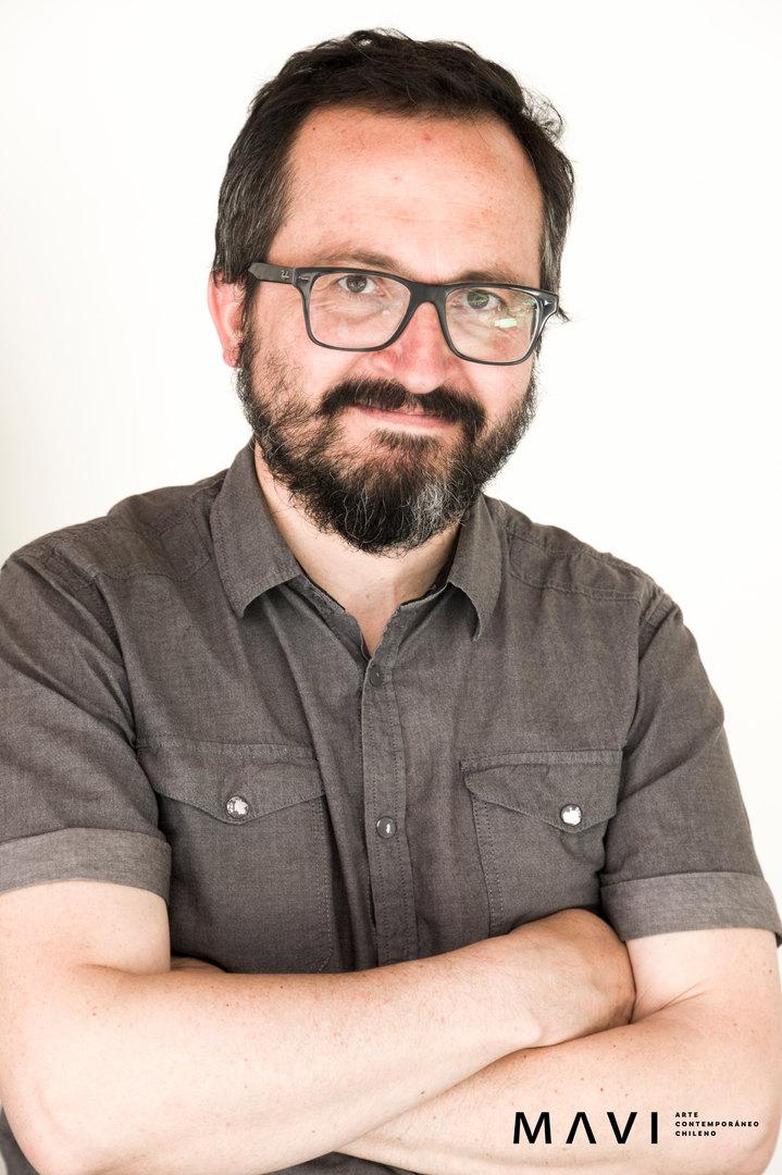 César Gabler. Retrato © 2020 Fotografía Freddy Ibarra