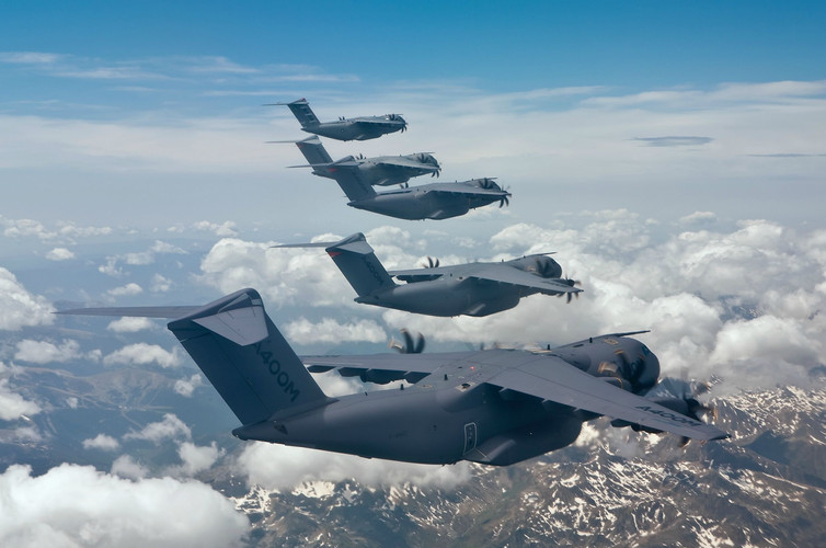 Airbus_A400M_Atlas_2013_aircrafts_transp