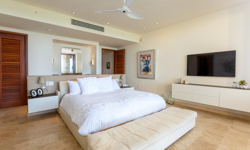 West Beach - Master Suite