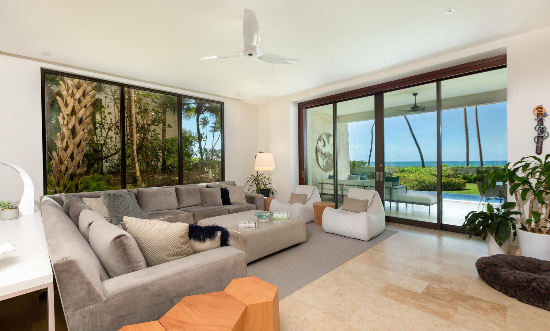 West Beach - Living Room