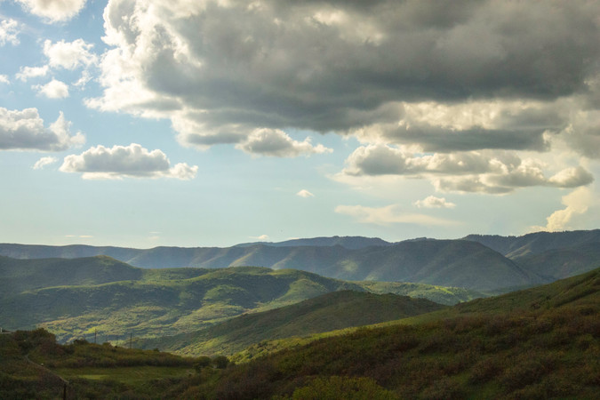 rolling-green-mountains