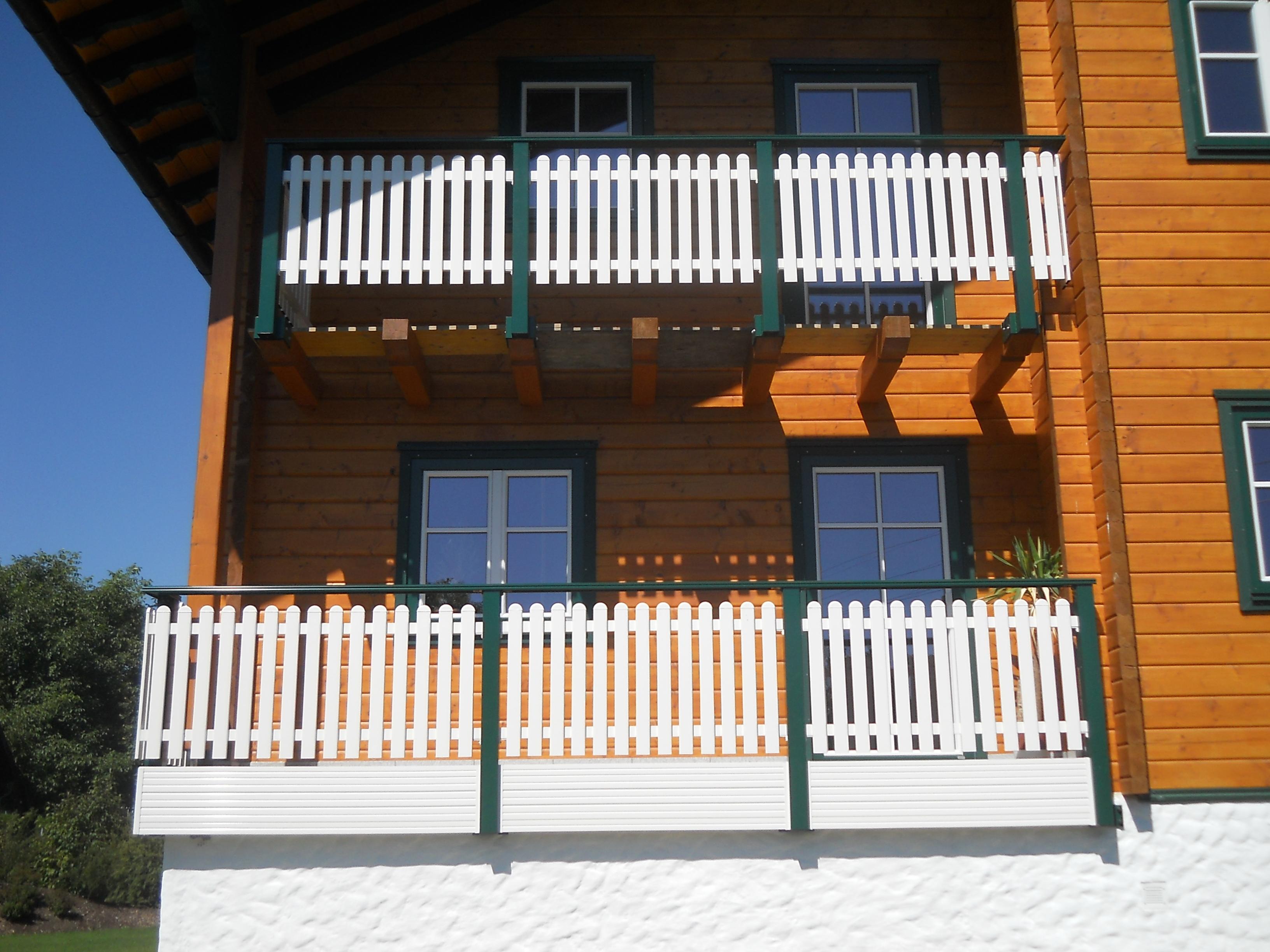 Alu Balkon weiß grün