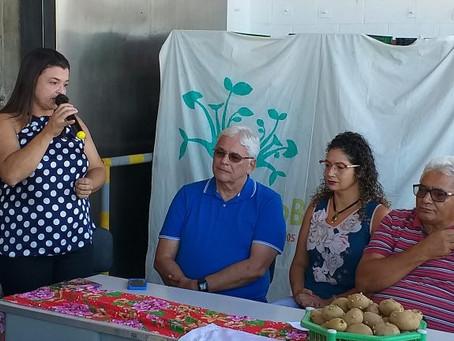 Agricultores da Borborema recebem 30 toneladas de batata-sementes