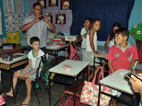 Escolas e famílias que conquistaram tecnologias são visitadas por representante do MDS