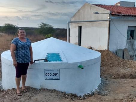 Mais de 300 famílias conquistam cisternas de água de beber no Seridó
