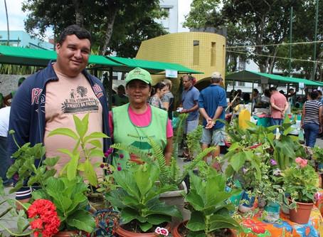 Feira Agroecológica alia atrações culturais com comercialização