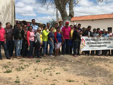 Famílias da Serra de Santana conhecem experiências em agroecologia no Trairi