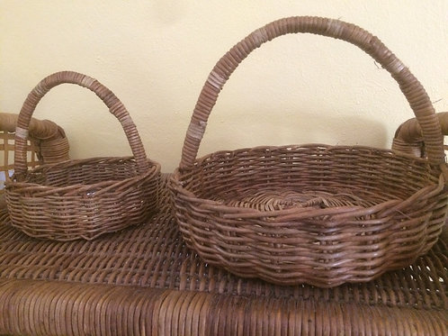 Small Wicker Basket (left in the picture) by Rastaman Owen