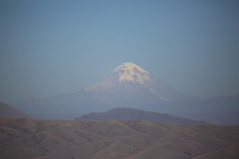 ボリビアの最高峰・サハマ山(標高6,542m)