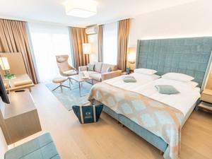 hotel-warmbaderhof-doppelzimmer-supreme__3_.JPG