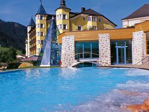 hotel-adler-dolomiti-spa-sport-resort-5_img1_adler-dolomities-1.jpg