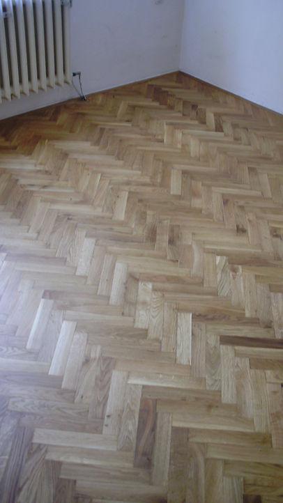 dubová parketová podlaha po renovaci - olejovaná