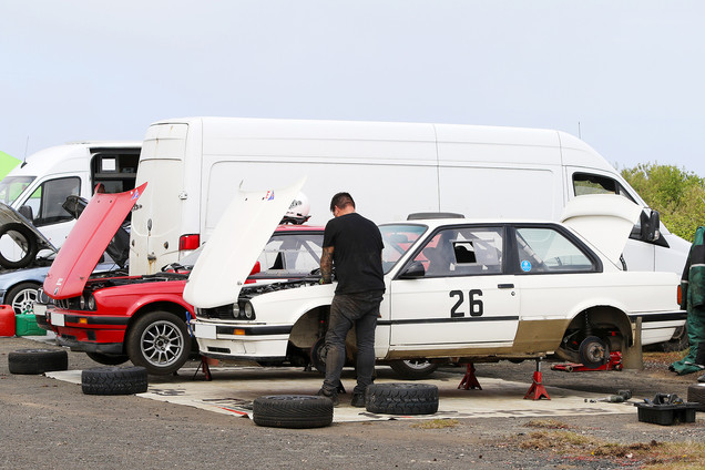 Service at TSH stages