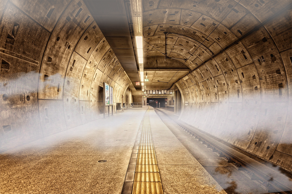 tunnel-5089488_1920-1b