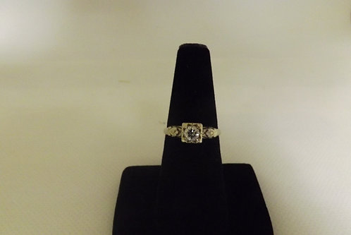 14K Gold Ring Size 7 (Used)