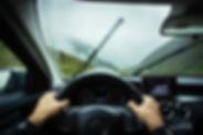 Widok tablicy rozdzielczej samochodu