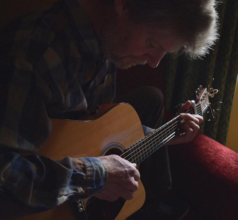 Mark Avison Singer Songwriter