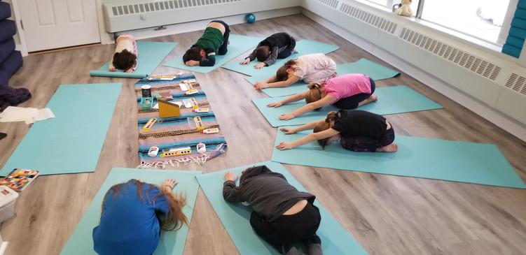 my yoga kids western springs.jpg