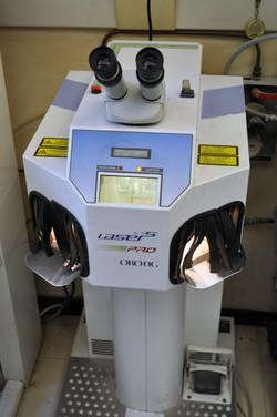 Saldatrice lasere Orotig D-entity