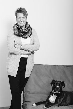 Mag. Dr. Katja Meier-Pesti mit Luna
