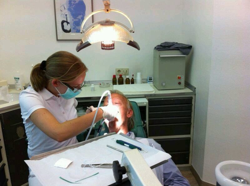 Expert at implants @i2mdental.com